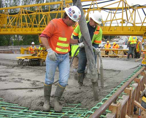 Measures to avoid cracking in fresh concrete
