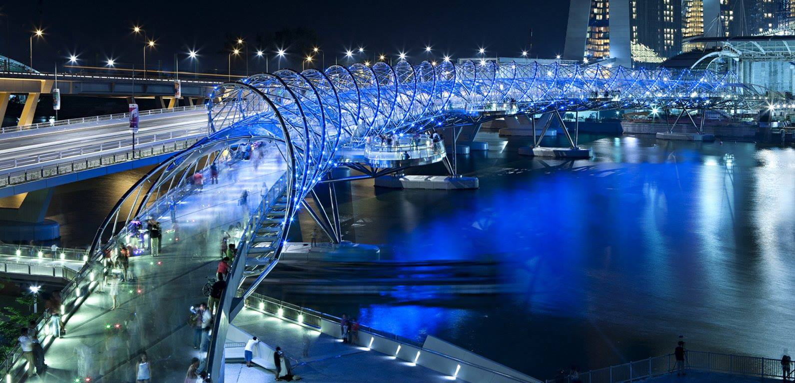 Double Helix Bridge Singapore